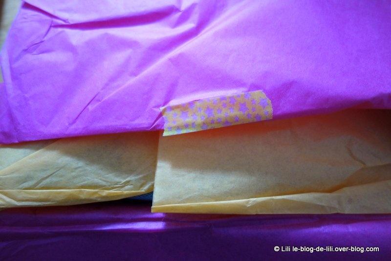 La fée de la BlanchePorte m'a envoyé une B♥Box printanière et colorée