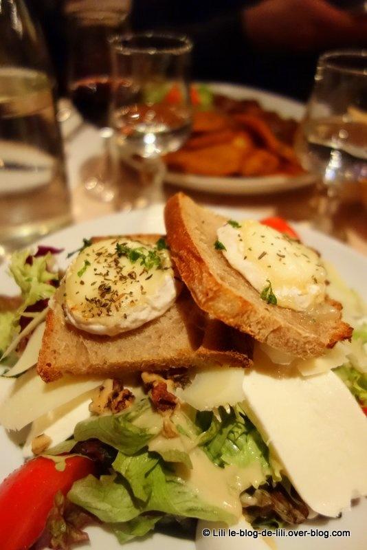 Où manger une salade à Paris : Tavern' café