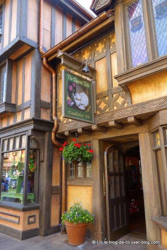 Peter Pan, le capitaine Crochet, Mary Poppins, Winnie et ses amis en version fleurs et jardin !