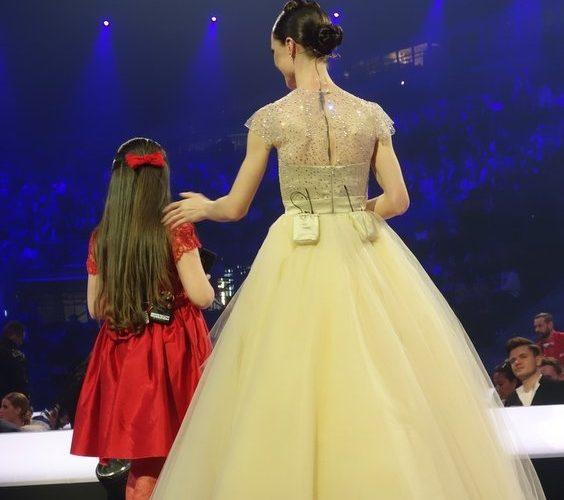 ob_ae089c_eurovision-2014-copenhague-presentatri-1