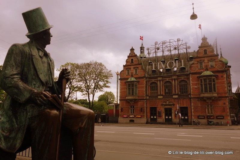 Le parc Tivoli de Copenhague, un voyage dans le temps et dans l'imaginaire