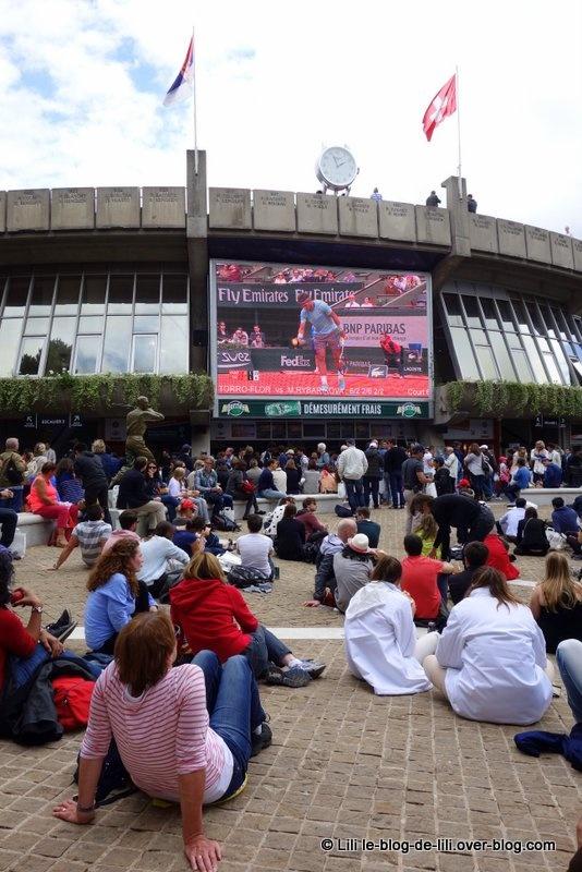 Une journée à Roland Garros, sur le court Suzanne Lenglen, pour le 2e tour 2014