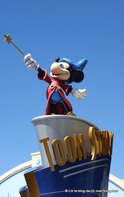 Notre radieuse première journée d'été à Disneyland Paris