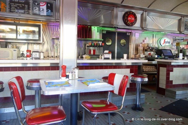 Dîner à Miami beach : un diner typique et une institution dédiée au crabe