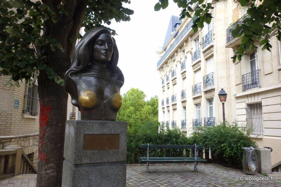 """Montmartre carte postale : du mur des """"Je t'aime"""" aux pas d'Amélie Poulain"""