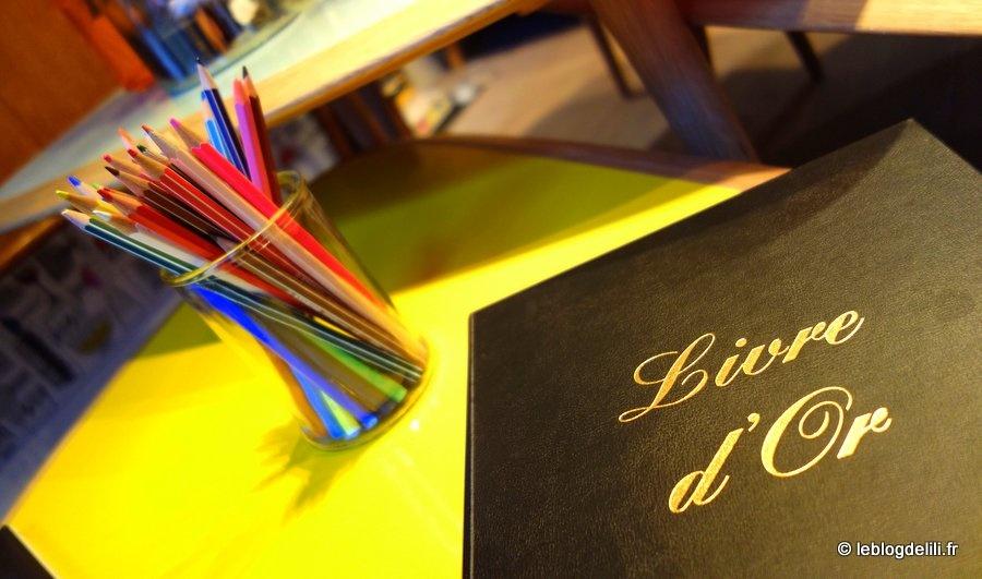 L'hôtel crayon rouge, un lieu chaleureux au cœur de Paris