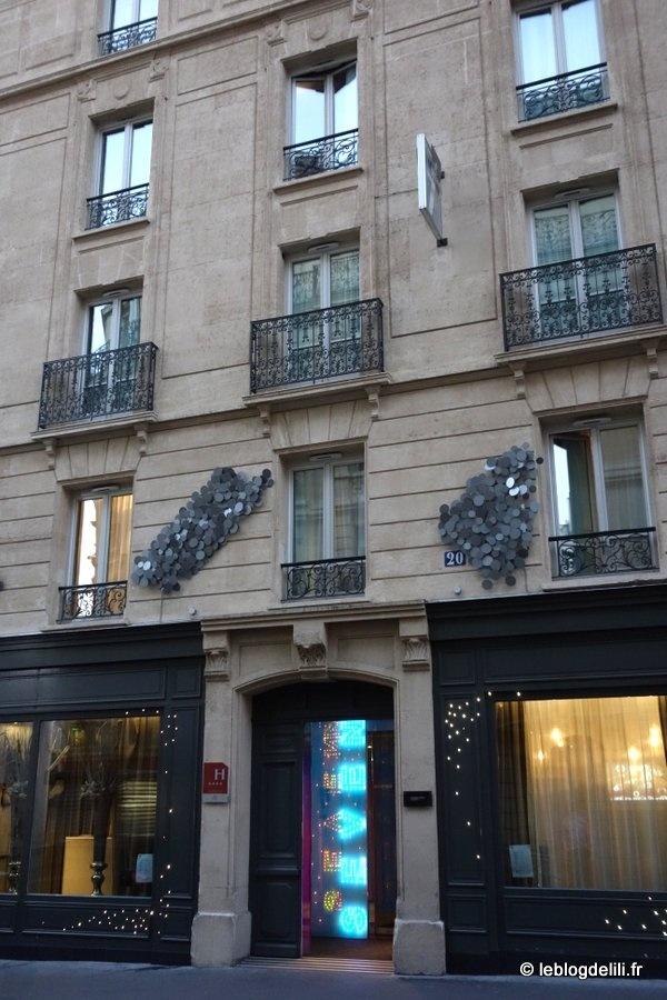 La suite cabaret de l'hôtel Seven : une vraie nuit parisienne 4 étoiles