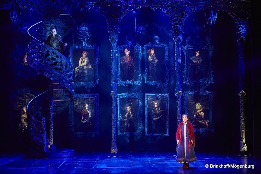 """""""Le bal des vampires"""" : frissons musicaux au théâtre Mogador"""