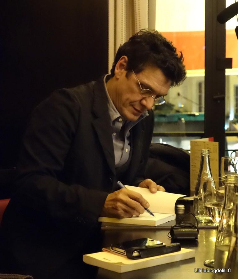 """""""L'homme qui ment"""", le premier roman de Marc Lavoine"""