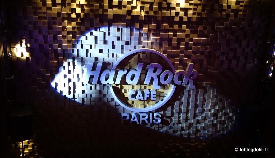 Le Hard Rock Cafe fait son World Burger Tour jusqu'à fin juin