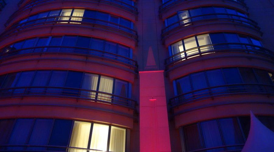 ob_2067d2_marriott-champs-elysees-terrasse-mai-2