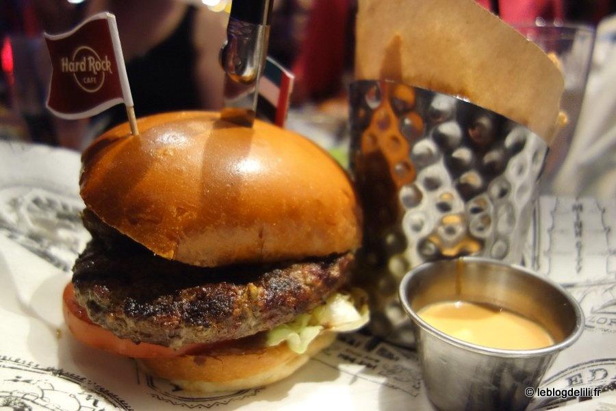 Un peu de Dubaï au Hard Rock Cafe Paris pour le World Burger Tour