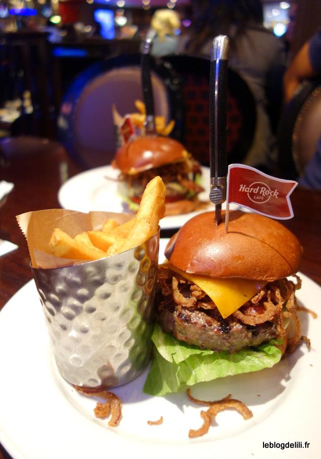 "En septembre, dégustez le ""Whiskey burger"" du Hard Rock Cafe !"