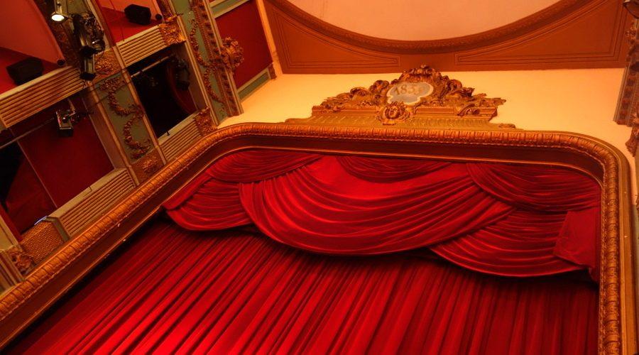 ob_5cfa98_theatre-hebertot-salle