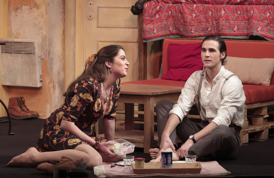 Libres sont les papillons : une magnifique pièce au théâtre Rive Gauche