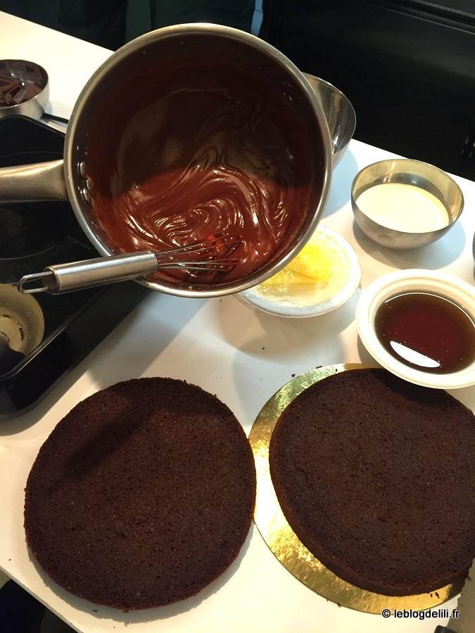 Réaliser un gâteau au chocolat d'exception avec un maître chocolatier