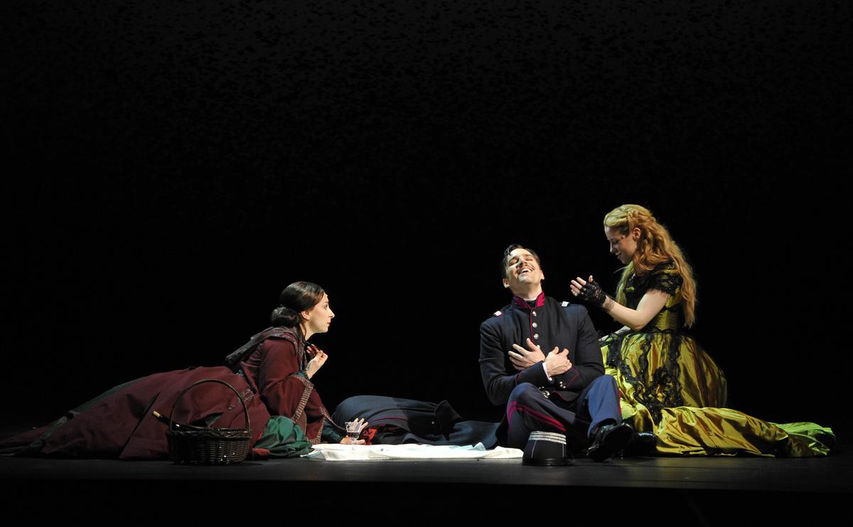 Photos : Théâtre du Châtelet - Marie-Noëlle Robert