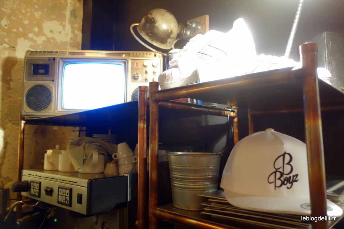B-Boyz : un restau parisien de burgers sur fond de street culture