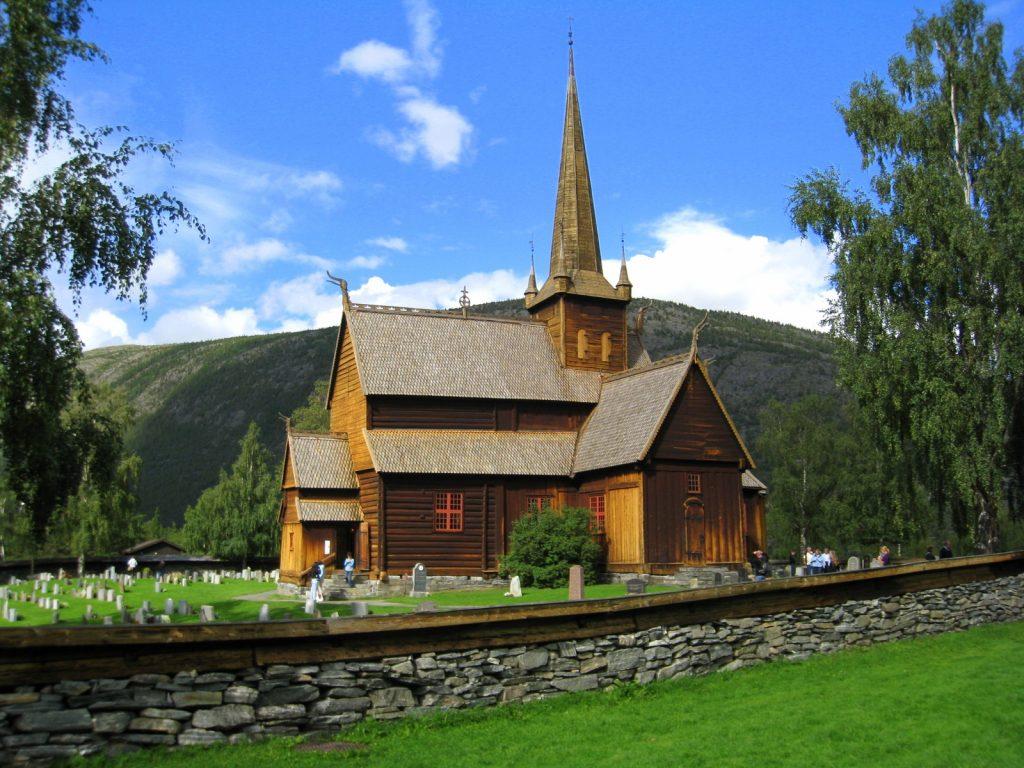 Eglise en bois debout en Norvège