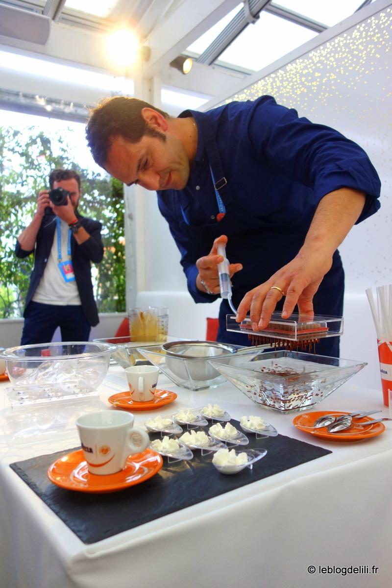 Un afterwork autour du café Lavazza au village de Roland Garros
