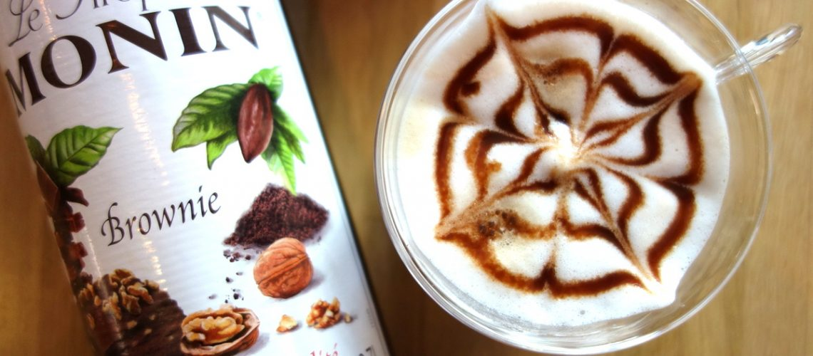 Un atelier café avec Monin et De'Longhi au studio Monin