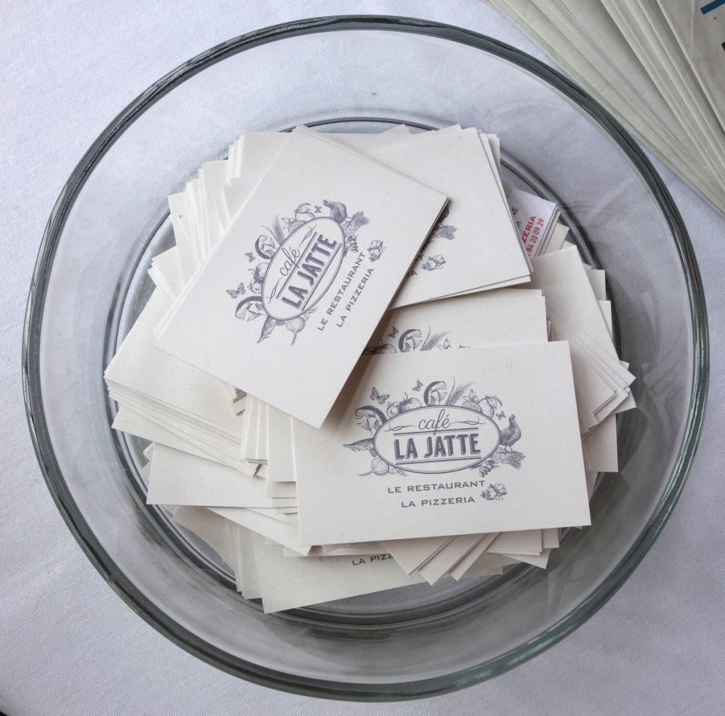 Les cartes de visite du café La Jatte