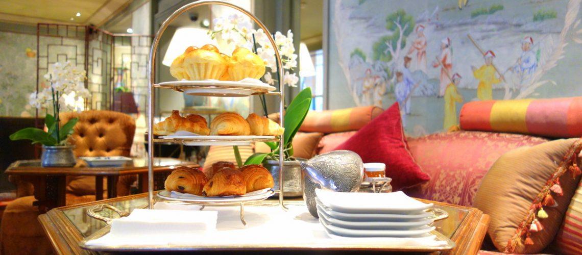 Les viennoiseries offertes aux clients à l'hôtel Daniel à Paris