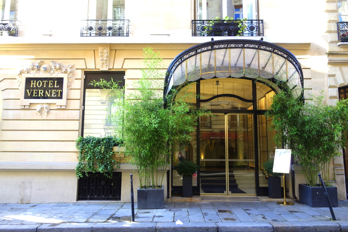 Une nuit 5 toiles l 39 h tel vernet paris le blog de lili for Hotel design 5 etoiles paris