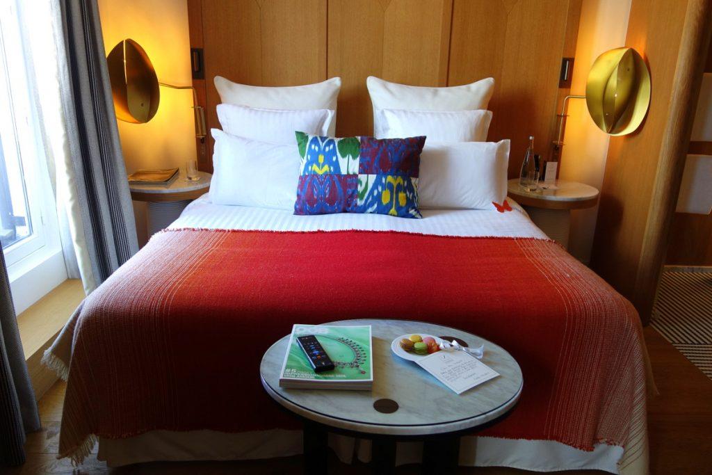 La chambre de notre suite à l'hôtel Vernet, un 5 étoiles parisien