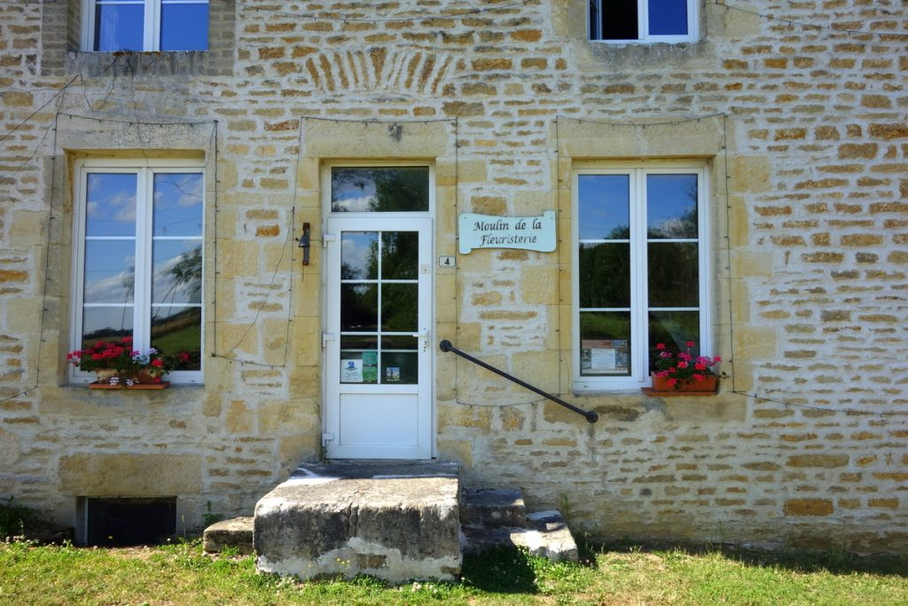 Moulin fleuristerie Orges 17