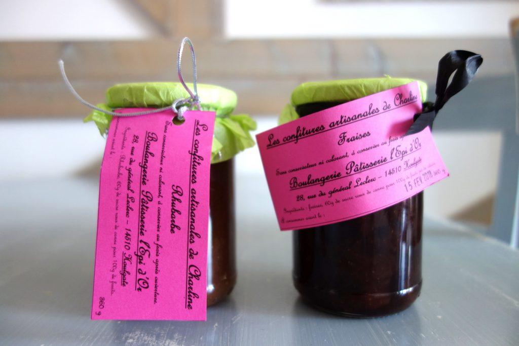 Des confitures normandes à la fraise et à la rhubarbe