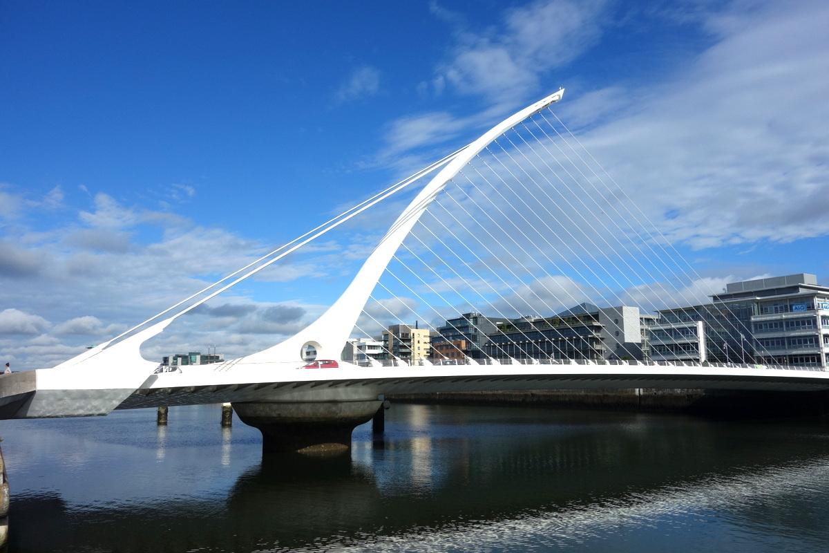 En se promenant le long de la Liffey à Dublin