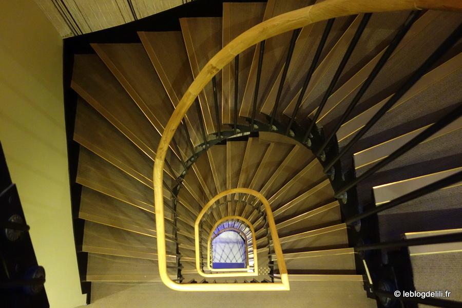 Les escaliers de l'hôtel de Nemours à Rennes