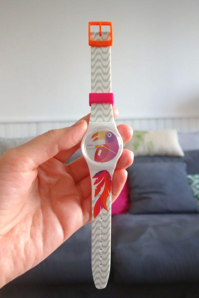Montre Swatch offerte à Lili, ambassadrice Vélizy 2