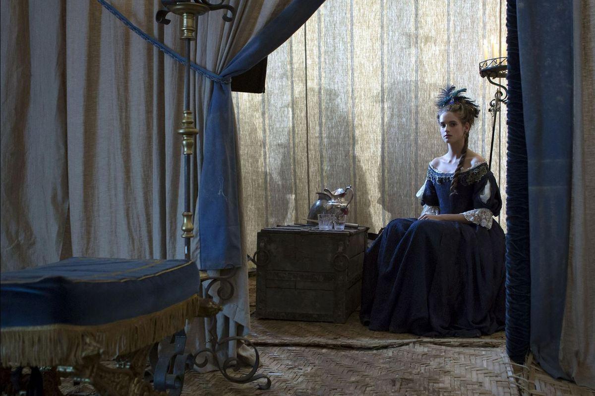 Versailles, la série, saison 1 : Henriette