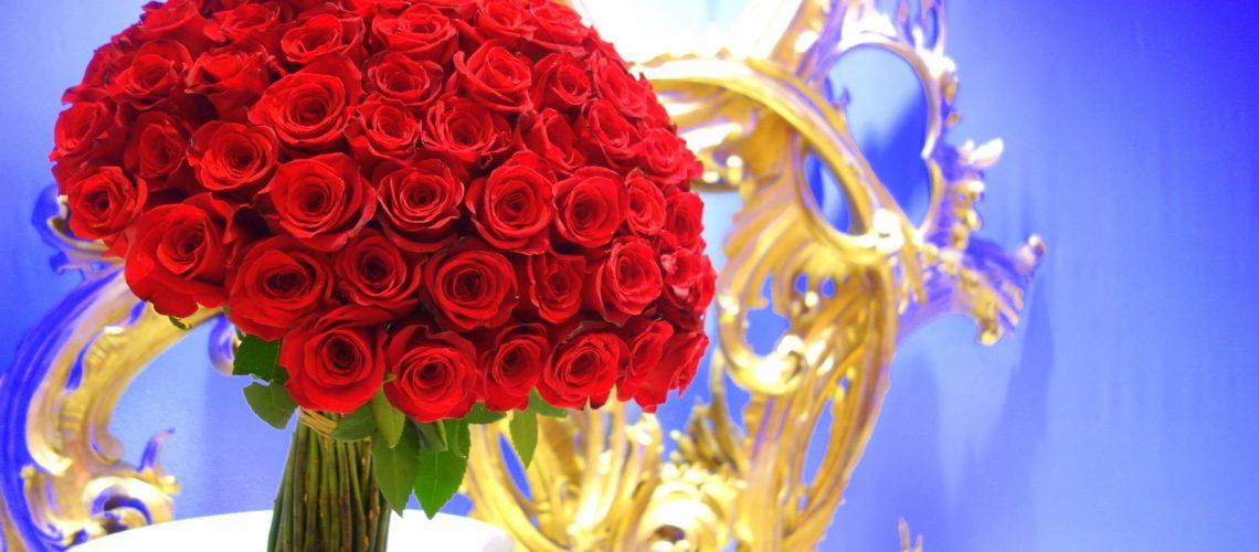 Un bouquet de roses pour les hôtes du Wynn