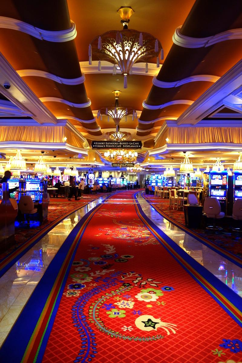 Les majestueuses allées du casino du Wynn Las Vegas