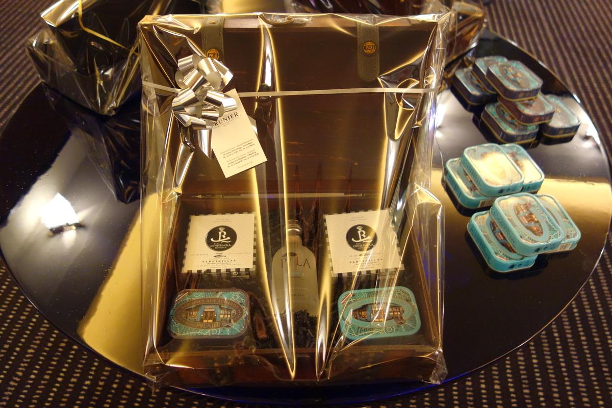 Coffret cadeau maison du caviar Prunier 2016