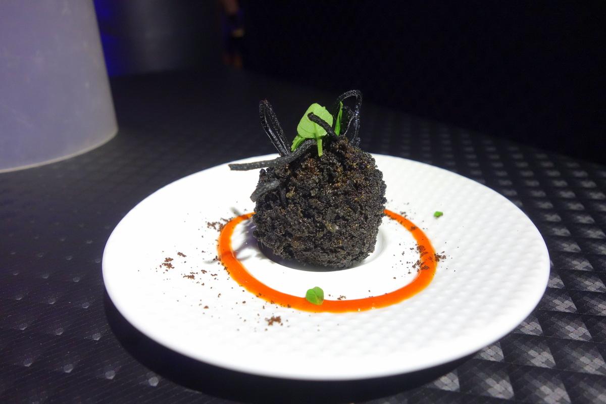 Oursin de bœuf au café : le plat de Denny Imbroisi pour la soirée de la gastronomie Lavazza