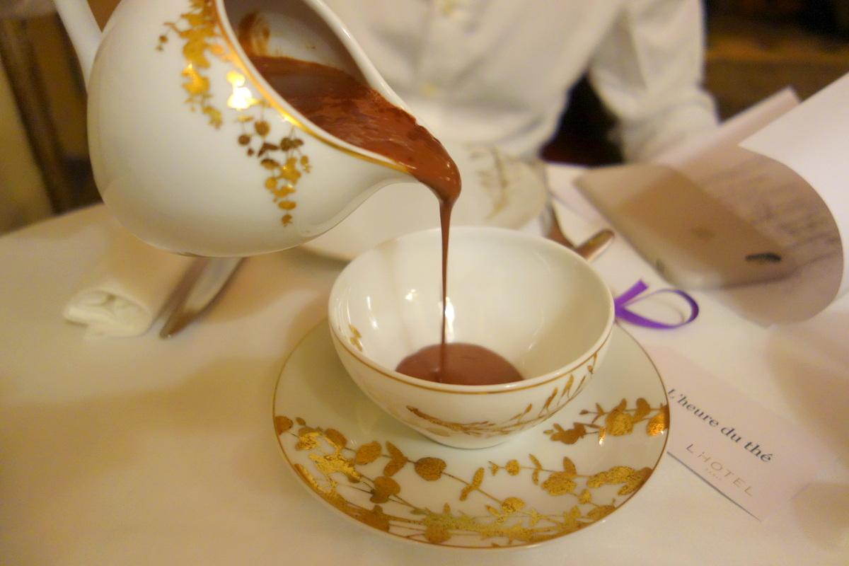 Tea time de Noël à l'hôtel, un 5 étoiles parisien - Le blog de Lili