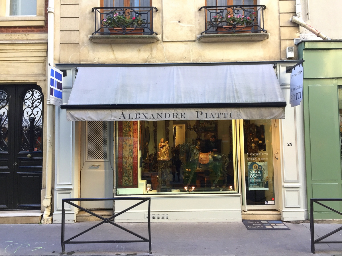 Alexandre Piatti, antiquaire du Carré rive gauche à Paris