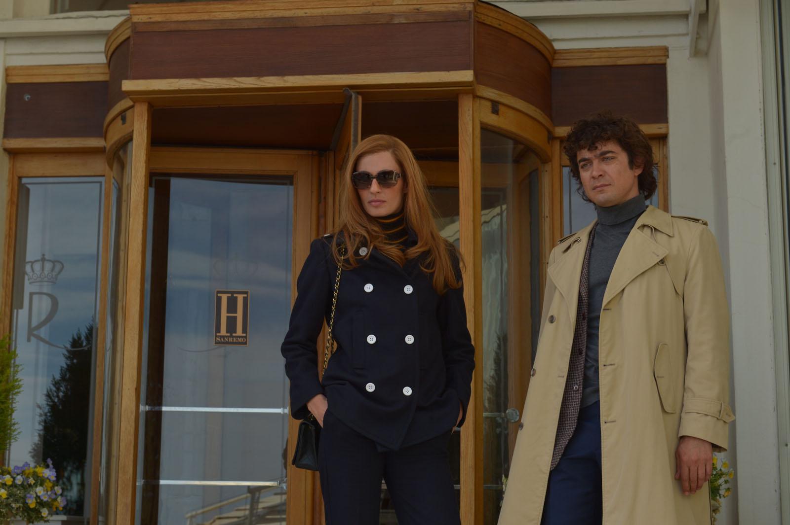 Sveva Alviti et Riccardo Scamarcio dans les rôles de Dalida et Orlando