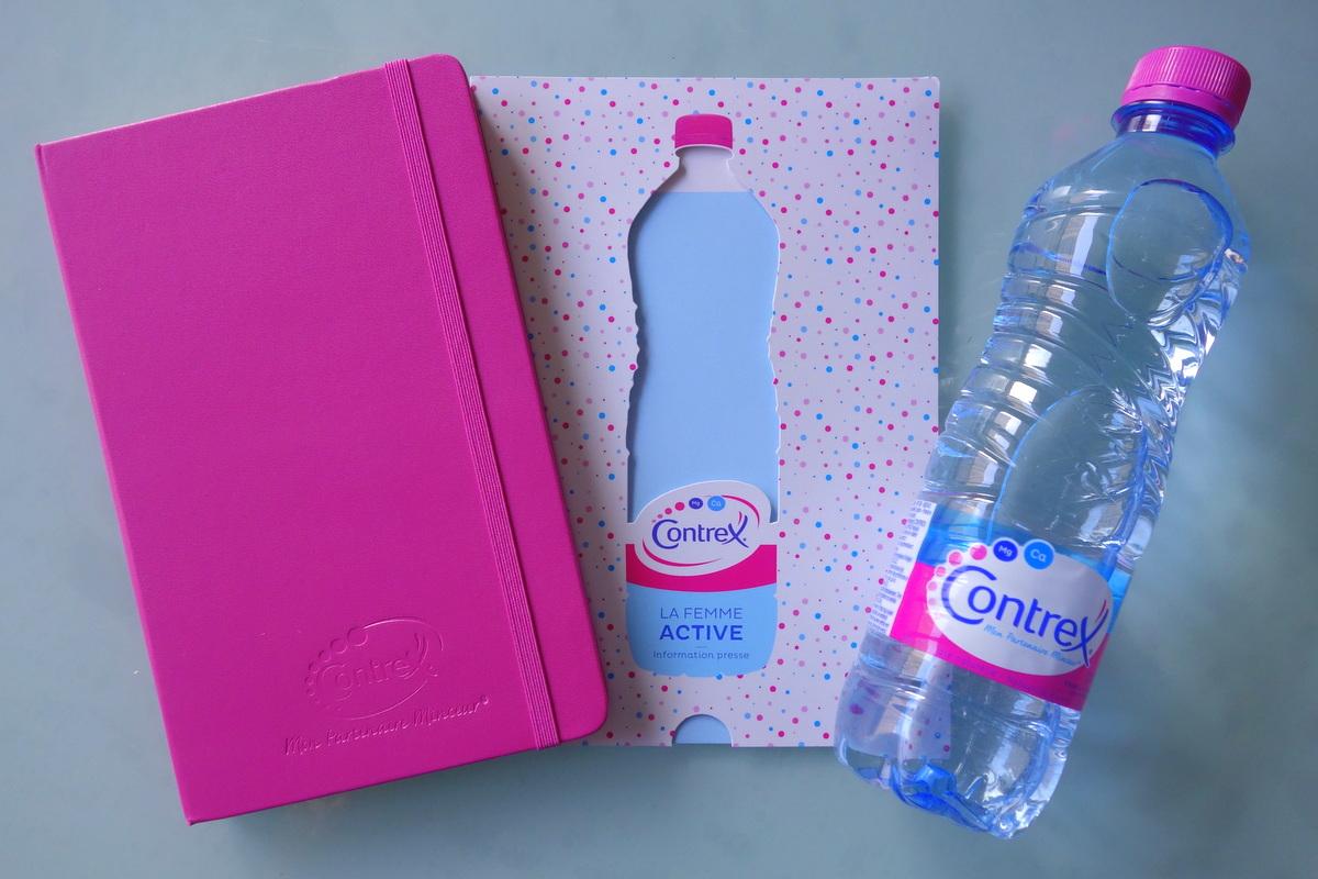 Contrex : bouteille et carnet - blog food