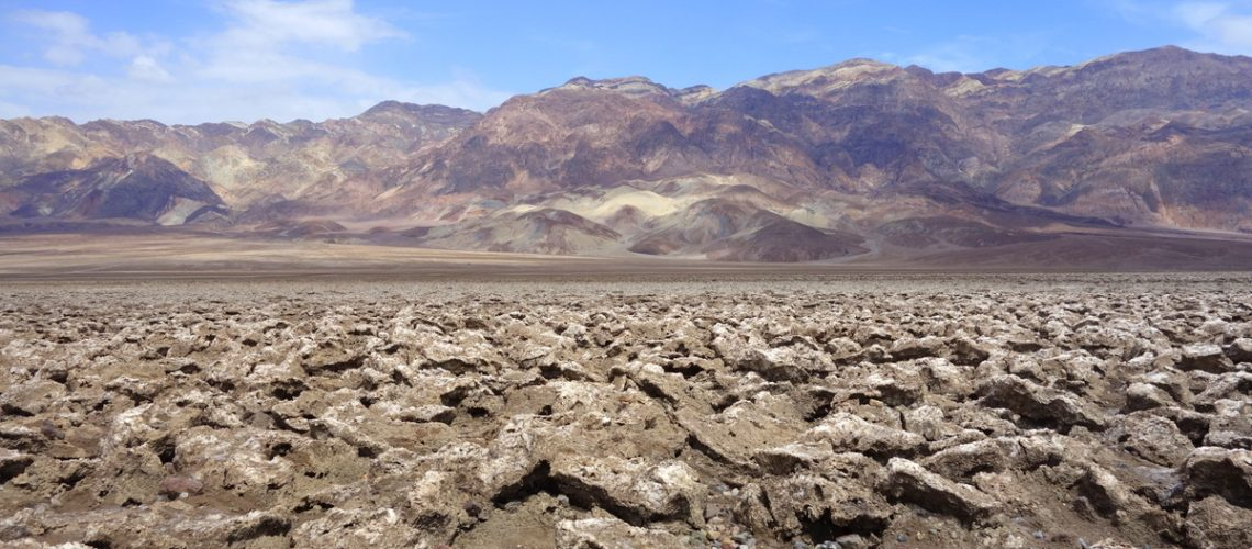 Devil's Golf Course - Death Valley - french travel blog