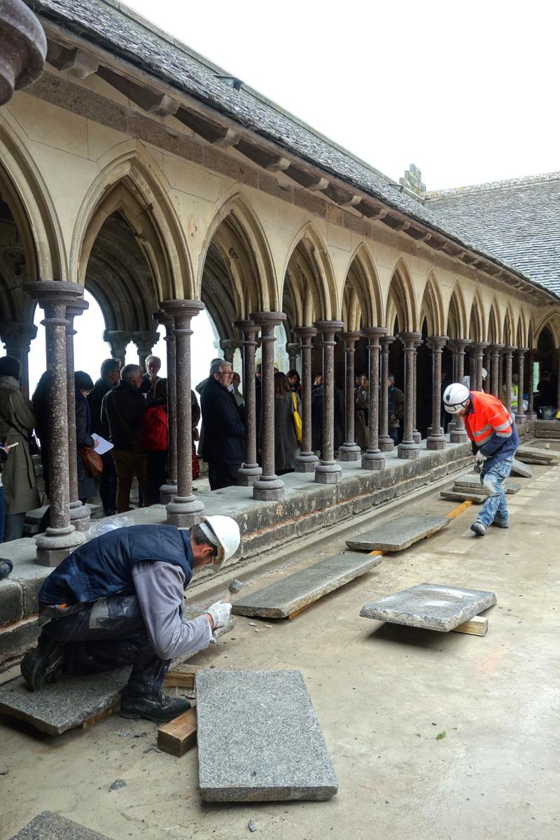 Mont-Saint-Michel - Restauration du cloître