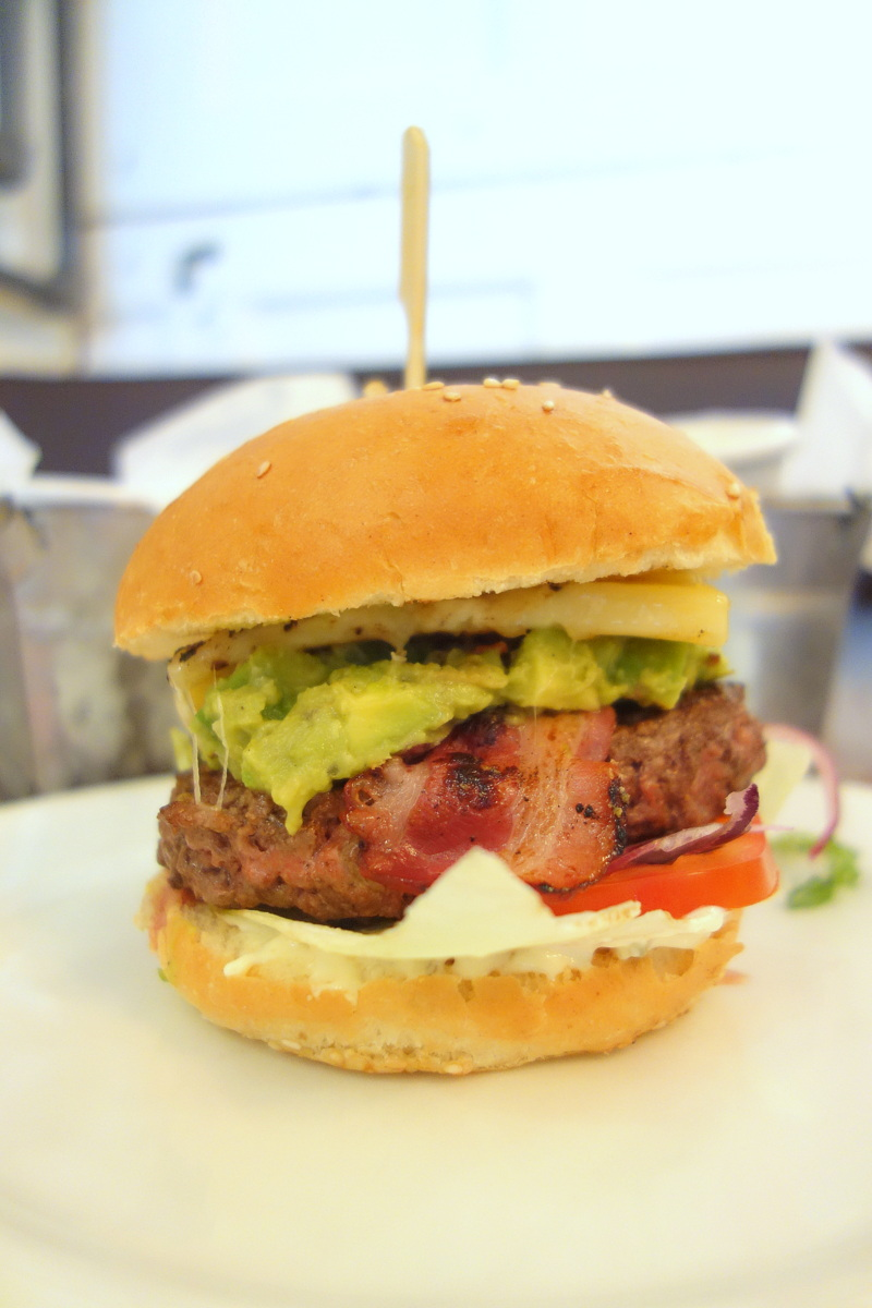 Bistro Burger Montparnasse Paris