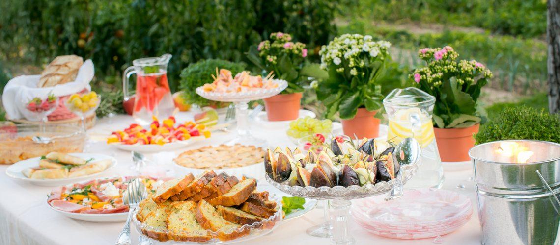 Attractif Pique-nique chic et champêtre sur le thème des fruits et des  HS61