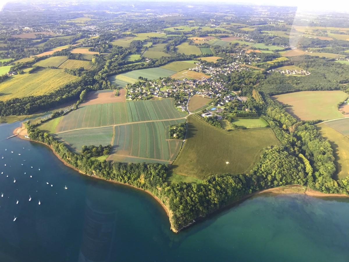 Survol de la Bretagne en hélicoptère jusqu'au Mont Saint-Michel - Photo : Le blog de Lili