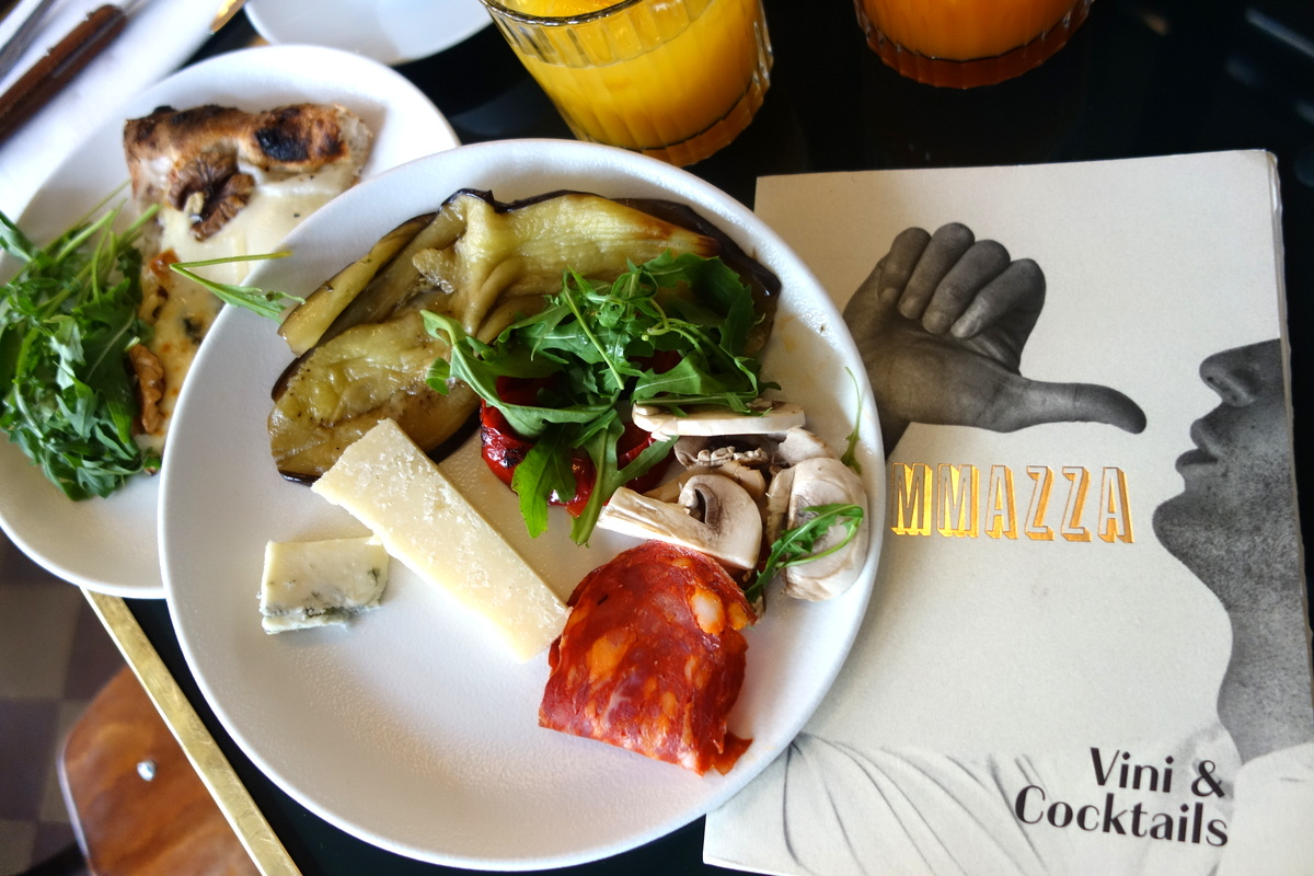 Le brunch buffet italien d'Ammazza - Paris - Le blog de Lili