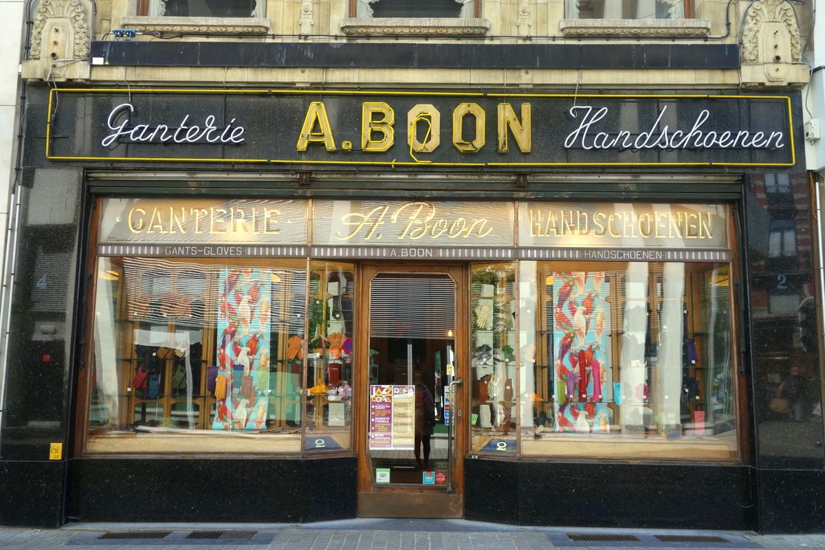 Devanture de boutique à Anvers, en Flandre